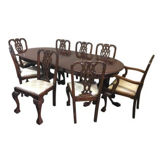 Laurel Crown Chippendale Dining Table & 8 Chairs Set