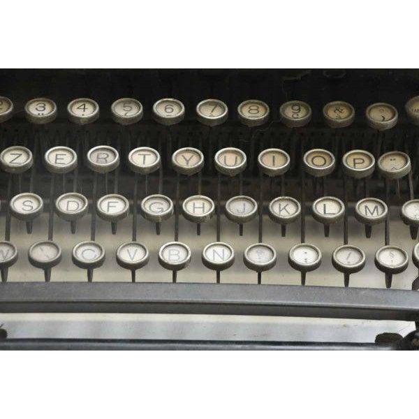 Vintage Royal Regal Typewriter - Image 5 of 9