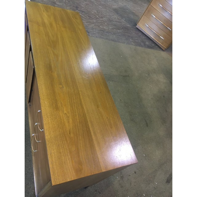 Mid Century Broyhill Premier Credenza Buffet - Image 4 of 10