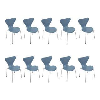 Ten Vintage Powder Blue Series 7 Chairs by Arne Jacobsen for Fritz Hansen