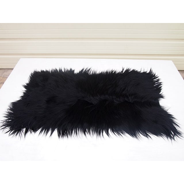 "Black Long-Haired Goat Skin Rug -- 2'1"" x 4' - Image 2 of 4"