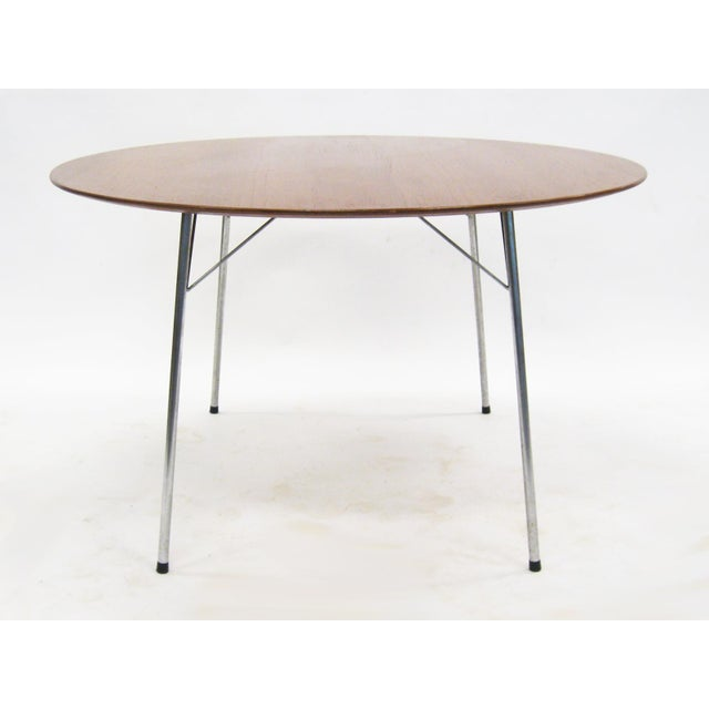 Model 3600 dining table by Arne Jacobsen for Fritz Hansen - Image 2 of 7