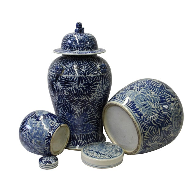 Chinese Set of 3 Blue White Abstract Flower Temple Ginger Jars - Image 4 of 5