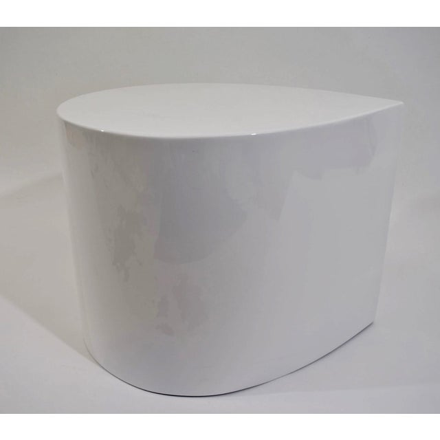 White Lacquer Teardrop Side Table, Karl Springer Style - Image 2 of 6
