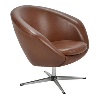Overman Brown Swivel Lounge Chair