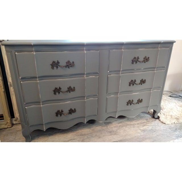 Vintage Refinished French Provincial Dresser - Image 3 of 5