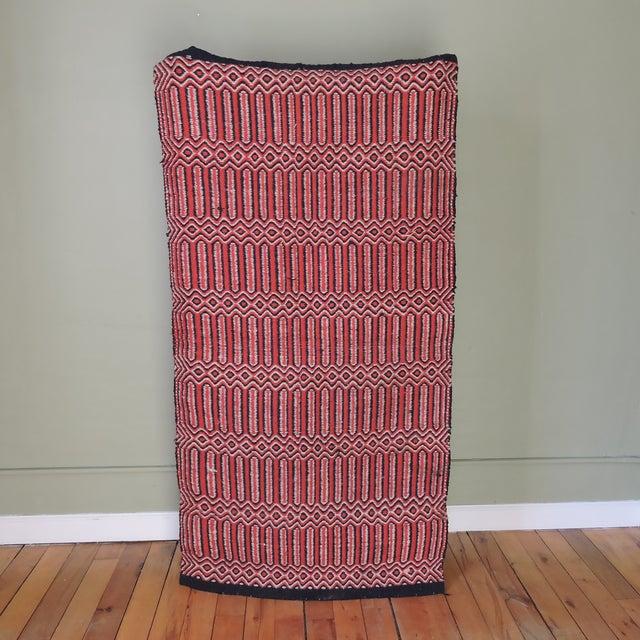 "Vintage Handwoven Red Wool Rug - 2'7"" x 5'1"" - Image 3 of 5"