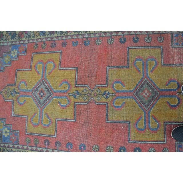 Image of Turkish Handwoven Wool Rug - 4′7″ × 8′7″