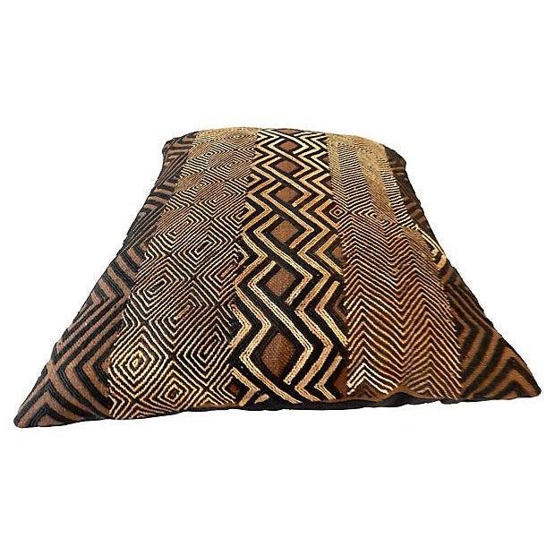 African Kuba Raffia Pillow - Image 5 of 7