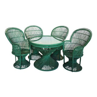 Emerald Hourglass Patio Set