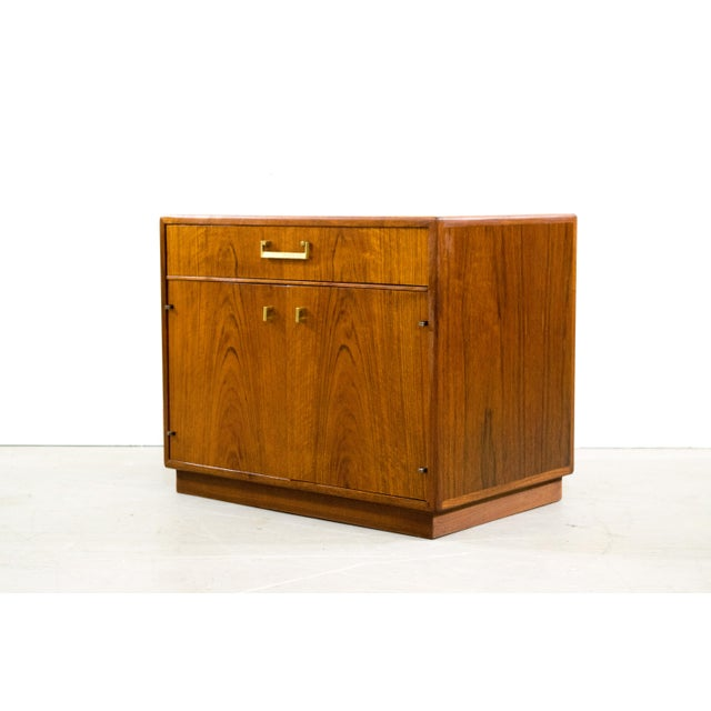 Founders Mid-Century Walnut Chest - Image 4 of 6