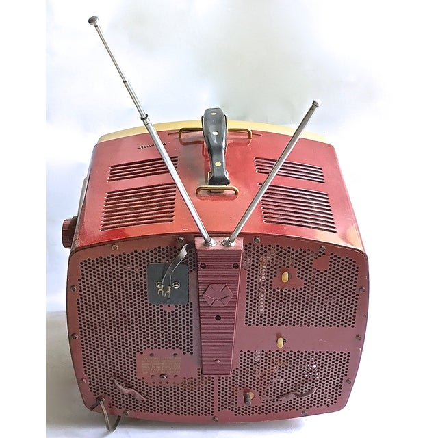 Mid-Century Modern RCA Victor DeLuxe Portable TV - Image 6 of 8