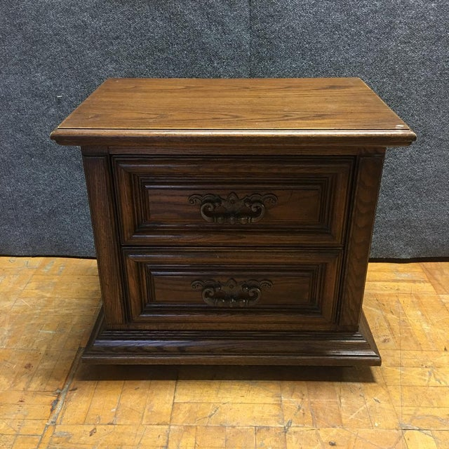 Image of Thomasville Mid-Century Wooden Nightstands- A Pair