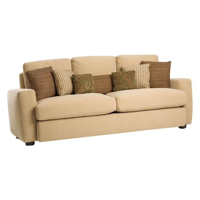 Image of Modern Melony Sofa With Three Accent Pillows