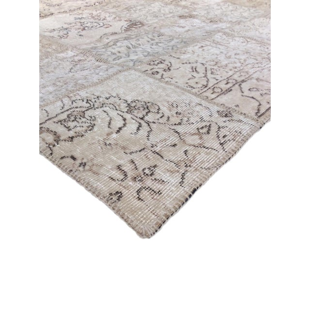 Pasargad Patchwork Collection Rug- 5' x 8' - Image 2 of 3