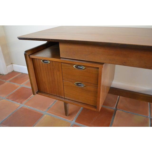 Hooker Mid-Century Walnut Small Floating Desk - Image 7 of 8