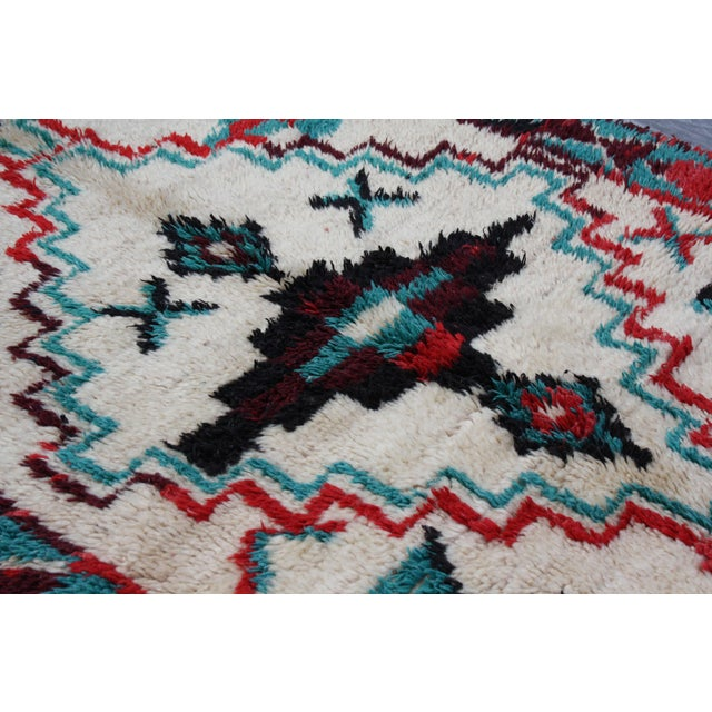 "Red & Turquoise Moroccan Rug - 8'6"" X 3'8"" - Image 3 of 5"