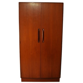Vintage Amp Used Armoires Amp Wardrobes Chairish