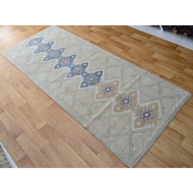 "Hand-Knotted Turkish Rug - 2'8"" x 6'9"" - Image 4 of 9"