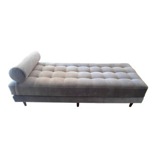 Shadow Gray Tufted Velvet Daybed