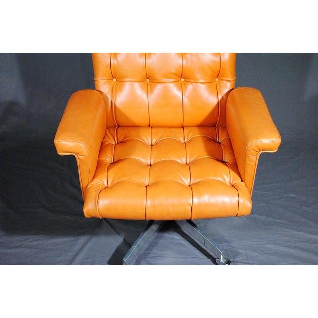 1960's Vintage Swiss De Sede DS 35 Executive Swivel Armchair - Image 2 of 4