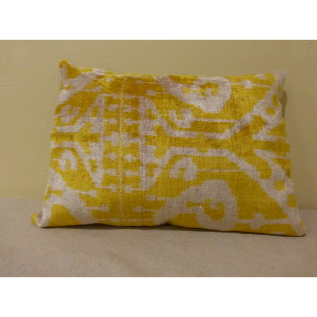 Yellow Silk and Cut Velvet Pillow - Image 3 of 7