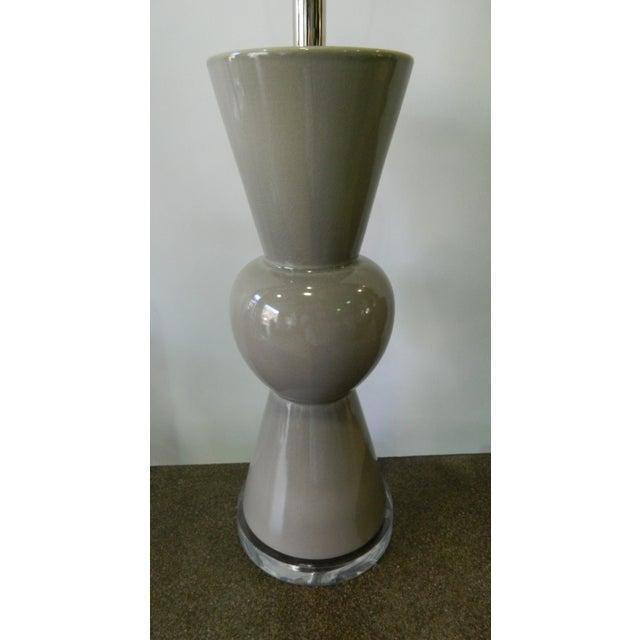 Modern Gray Porcelain Table Lamp on Acrylic Base - Image 5 of 7