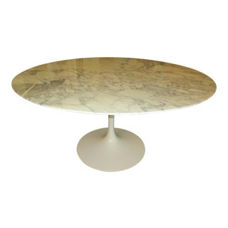 "Eero Saarinen for Knoll 54"" Round Arabescato Dining Table"