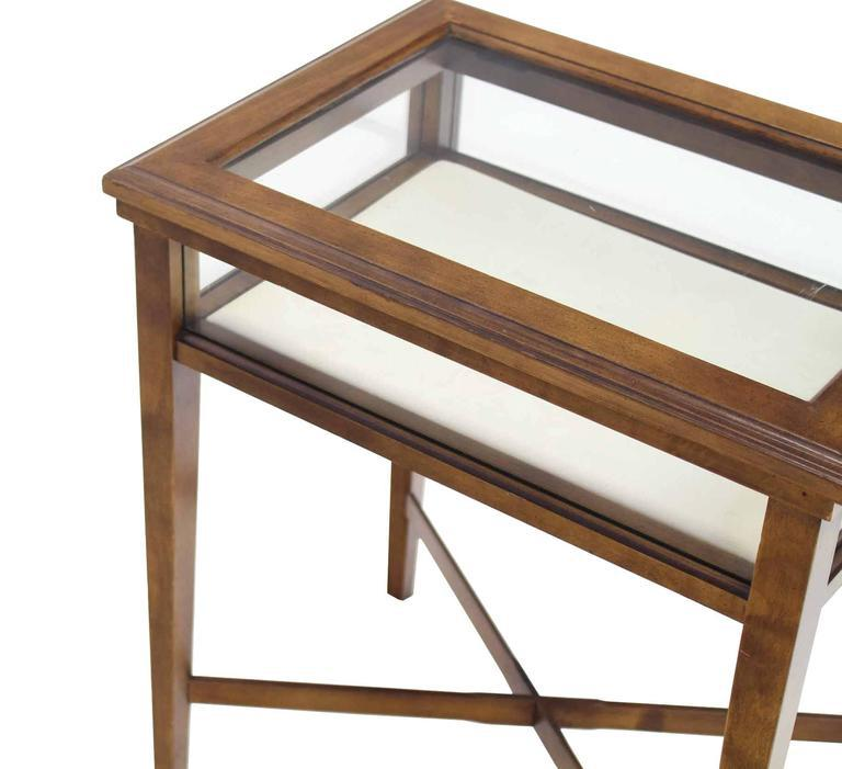 Small Lift Top End Table Display Case   Image 6 Of 8