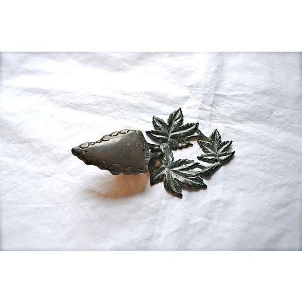Bronze Grape Bunch Door Knocker - Image 3 of 8