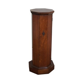 Fine Arts Furniture Co. Vintage Regency Pedestal