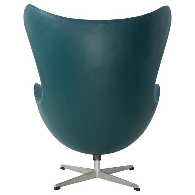arne jacobsen for fritz hansen egg chair chairish
