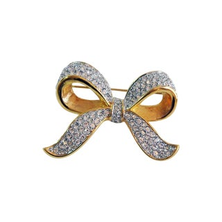 D. S. Co. Swarovski Crystal Bow Pin