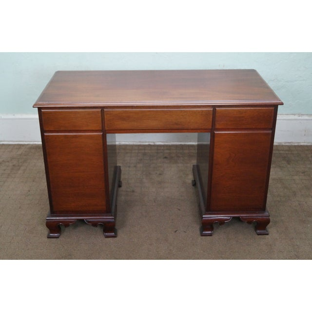 Vintage Mahogany Chippendale Style Writing Desk - Image 4 of 10