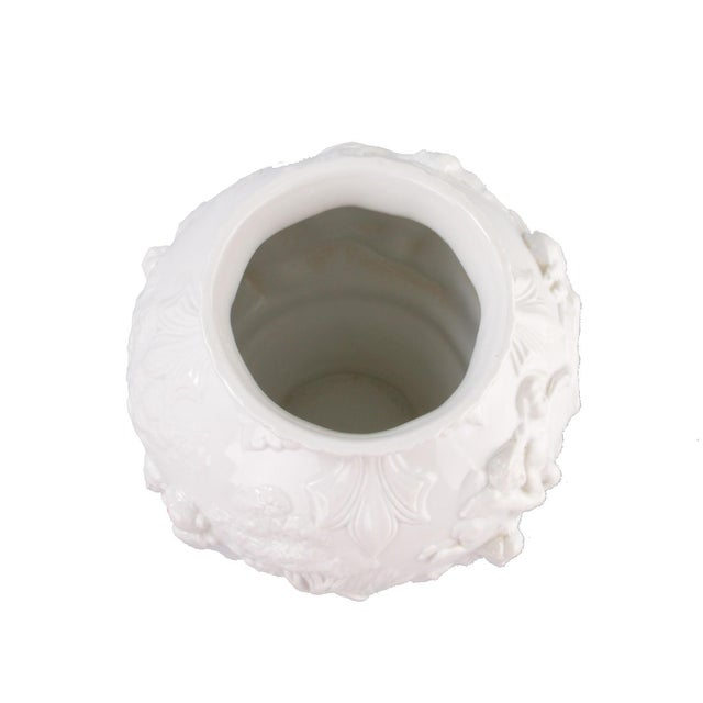 White Capodimonte Italian Porcelain Urn - Image 7 of 10