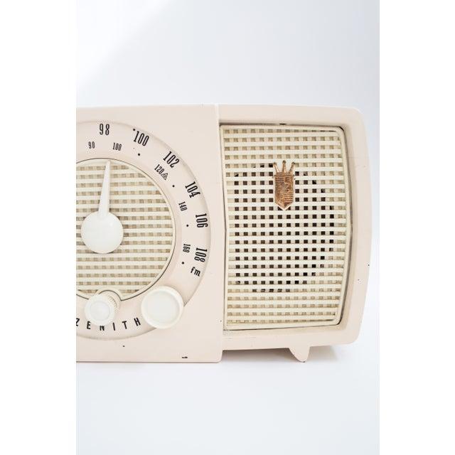Image of Vintage Zenith Radio