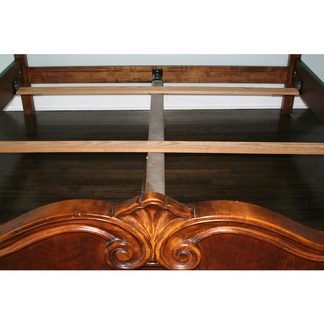 Image of Hickory Venetian King Bed