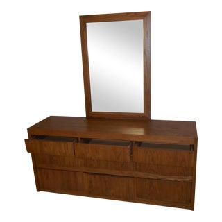 Bentley Oak Dresser & Mirror