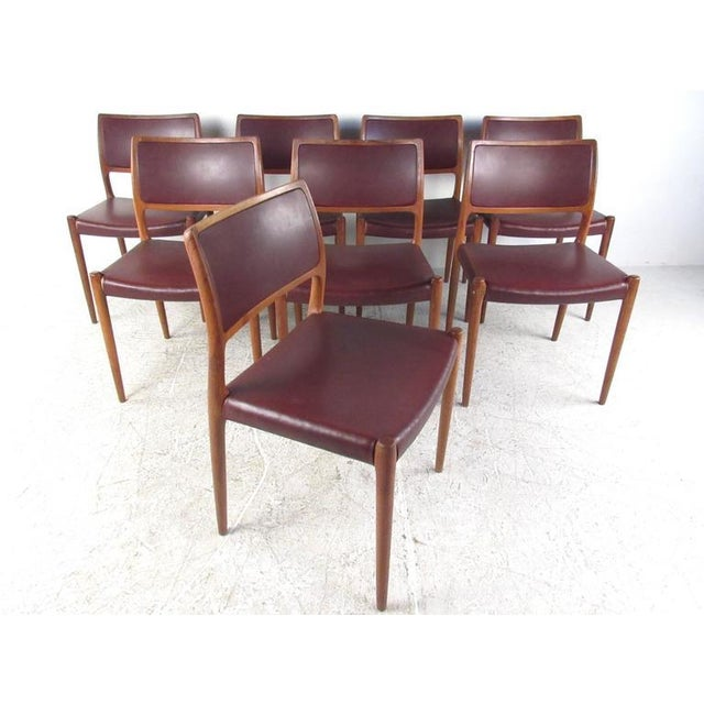 Mid-Century Modern Danish Teak Dining Table & Model 11 Moller Dining Chairs - Image 2 of 10