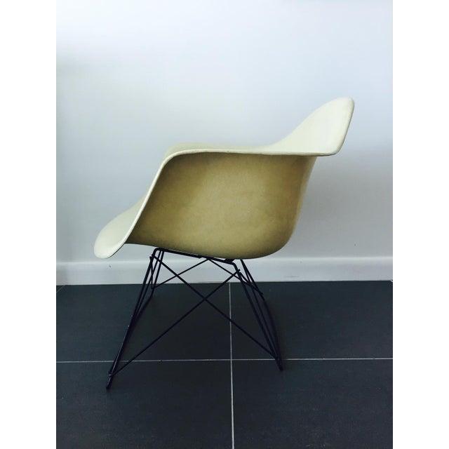 eames fiberglass lar cat 39 s cradle base chair chairish. Black Bedroom Furniture Sets. Home Design Ideas