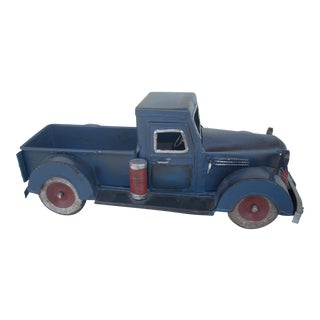 Primitive Pick-Up Truck