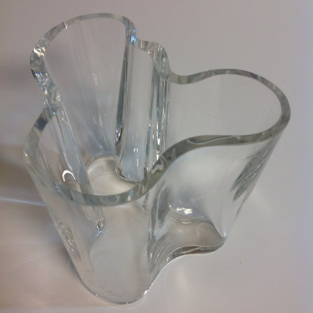 signed alvar aalto crystal savoy vase chairish. Black Bedroom Furniture Sets. Home Design Ideas