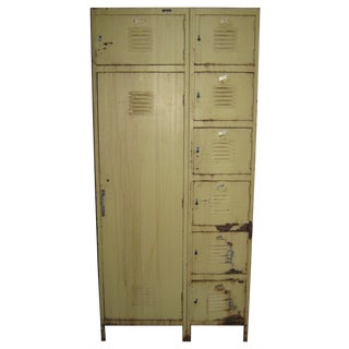 Industrial 8-Compartment Locker Unit