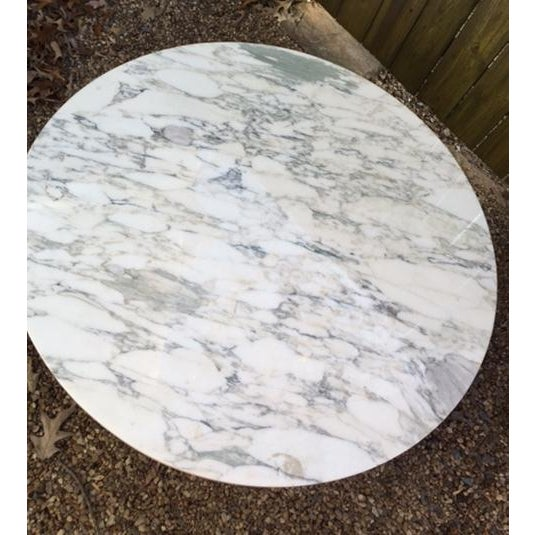 Round Coffee Tables With Marble Top: Round Marble-Top Neoclassical Coffee Table