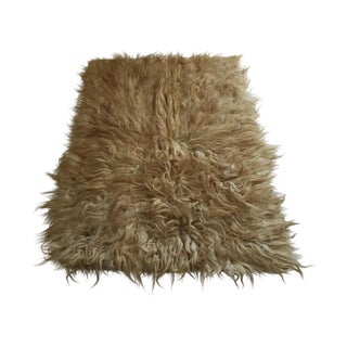 """Handmade Natural Wool Shaggy Tulu Rug - 5'8"""" X 4'2"""""""