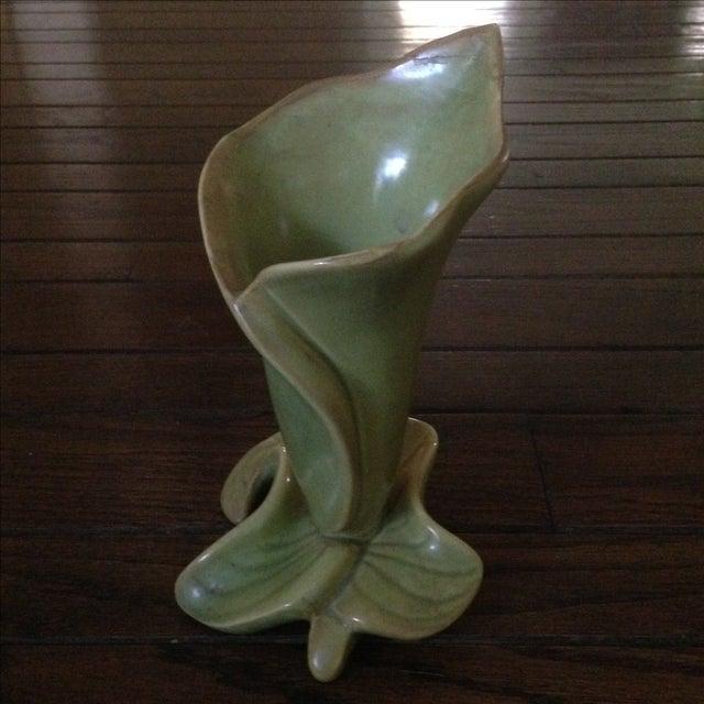 Mid-Century Lily & Leaf Ceramic Vase - Image 2 of 11
