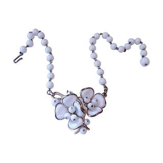 Trifari Poured Glass Flower Necklace