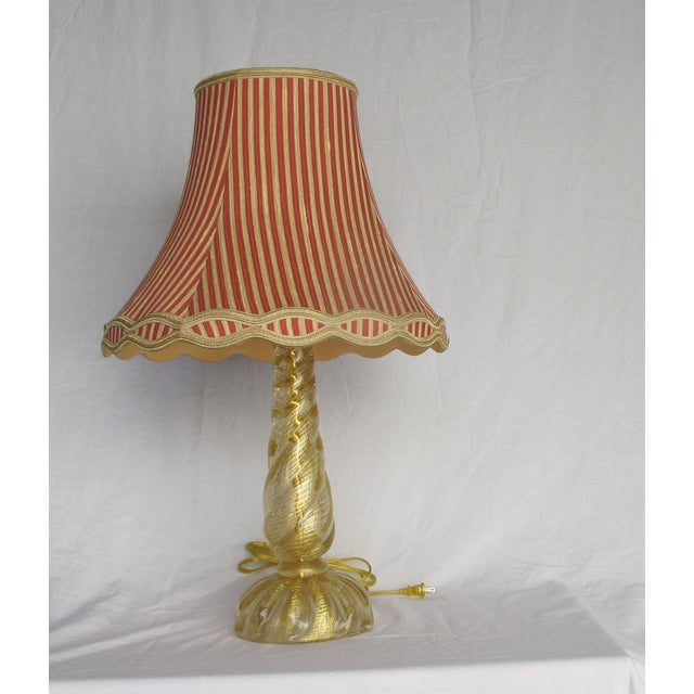 Image of Murano Gold Infused Twisted Column Lamp