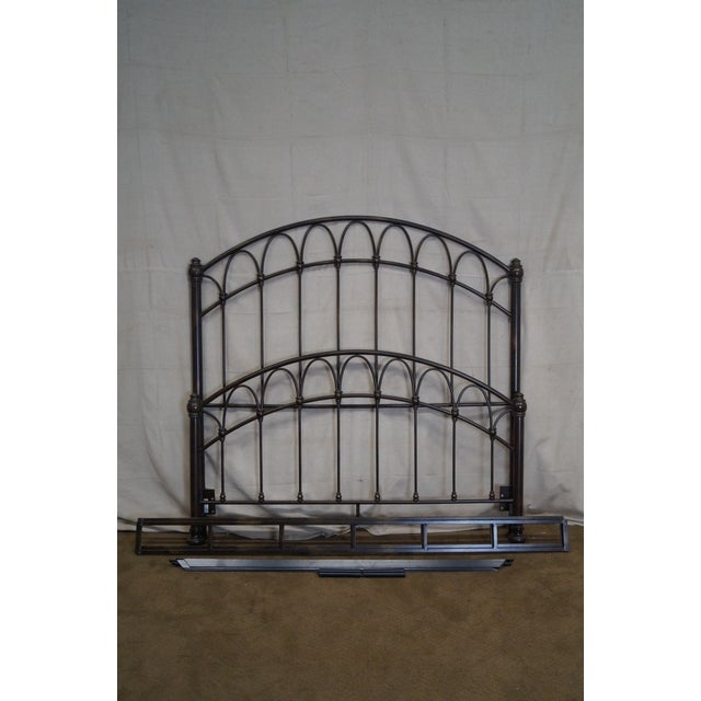 Victorian Style Iron Queen Size Bed - Image 4 of 10