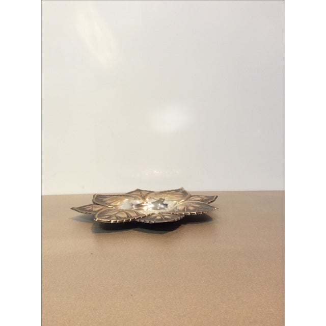 Metal Floral Candle Holder - Image 3 of 6